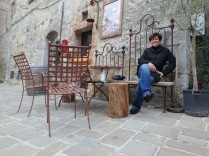 In a piazza in San Gusme'. This place was storybook quaint.
