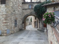 A street in Vertine