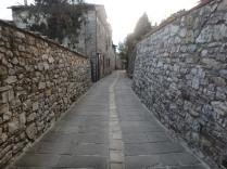 Stonewalks in Vertine. Beautiful!