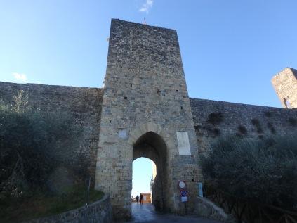 Walking into Monteriggioni