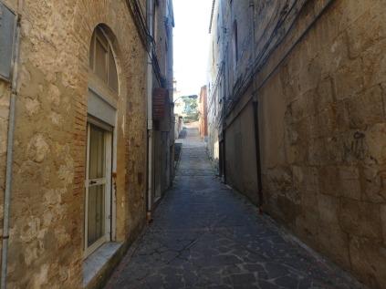 A street in Grotte