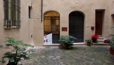 The entrance to the Saena Iulia Italian Language school. Lovely courtyard