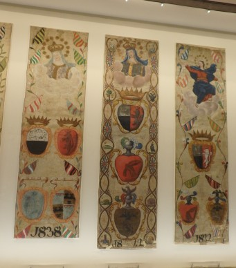 Palio victory banners for Il Bruco from the 1800s.