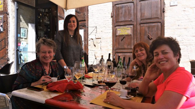 The lunch crowd in Spello at Enoteca Properzio. That's Anne, Camelia, my friend Paola and me. We had wines to taste with an accompanying course and it was all very very good.