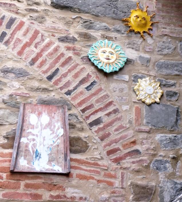 Some ceramics in Volpaia.