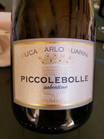 Piccolebolle is a sparkling wine of Puglia. (Photo: Melanie F)